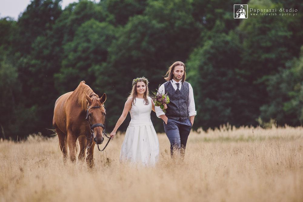 Sesja Konna , Para Młoda na koniu